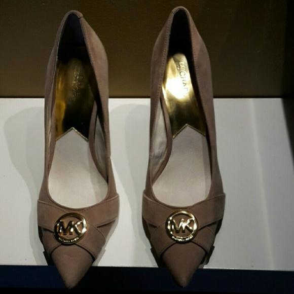 889f09d4be65 MICHAEL Michael Kors Shoes